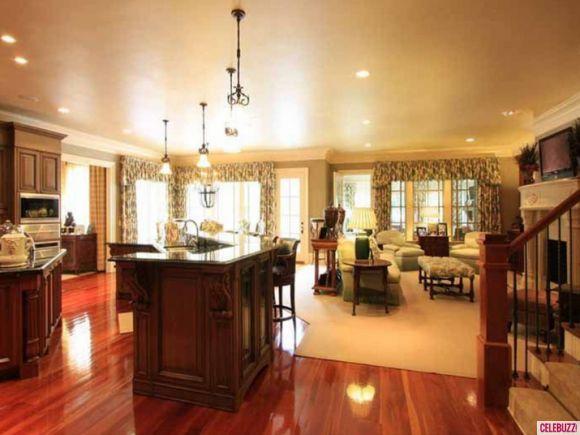 Todd Chrisley Lists His Atlanta Mansion For $2.4 Million