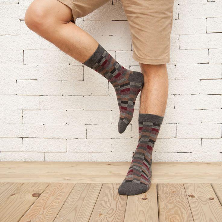 HX083  6513 New Autumn Winter Cotton Men Socks Wholesale Korean Classic Plaid Socks