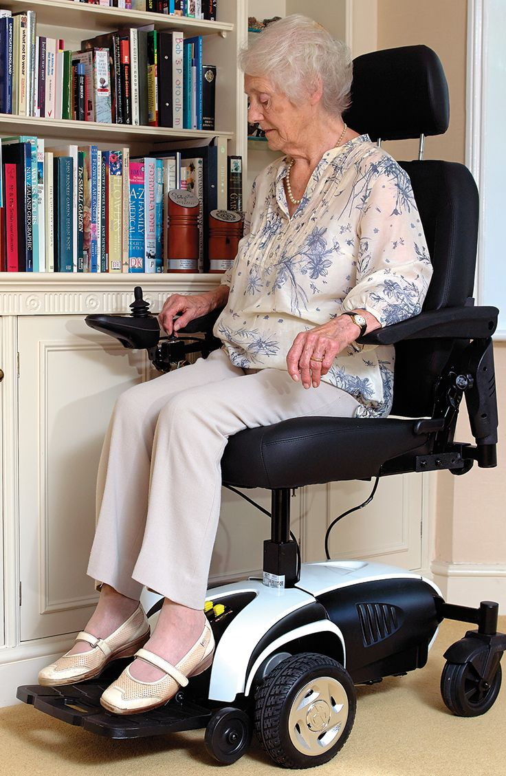 The perfect indoor electric wheelchair, the Excel Venture possesses an elevating seat that makes allows you to reach higher up places such as shelves and cupboards. With an easy to use joy stick the Excel Venture is simple to operate and agile in its movement.