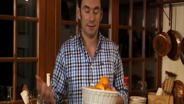Buccia di arrancia candita (Kandovaná pomerančová kůra)