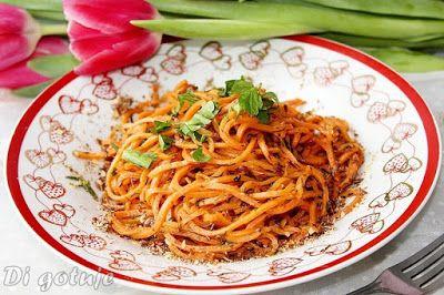 Di gotuje: Spaghetti z marchewki z miodem, koperkiem i płatka...