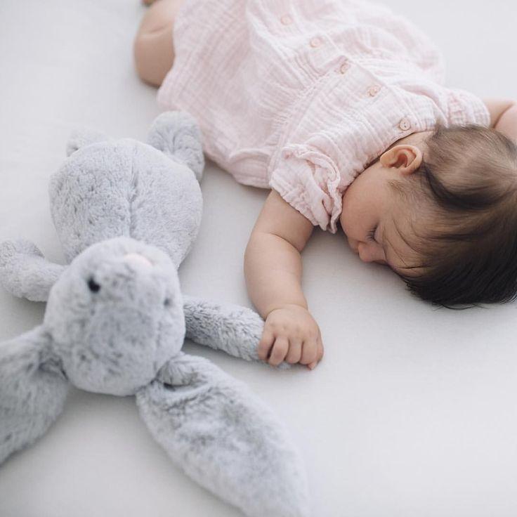 фотосессия со спящим свой большой