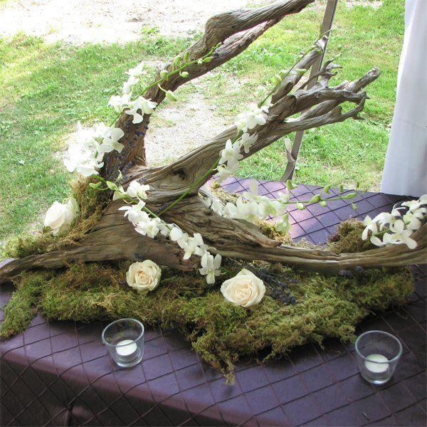 The 25 best driftwood wedding centerpieces ideas on for Driftwood centerpiece