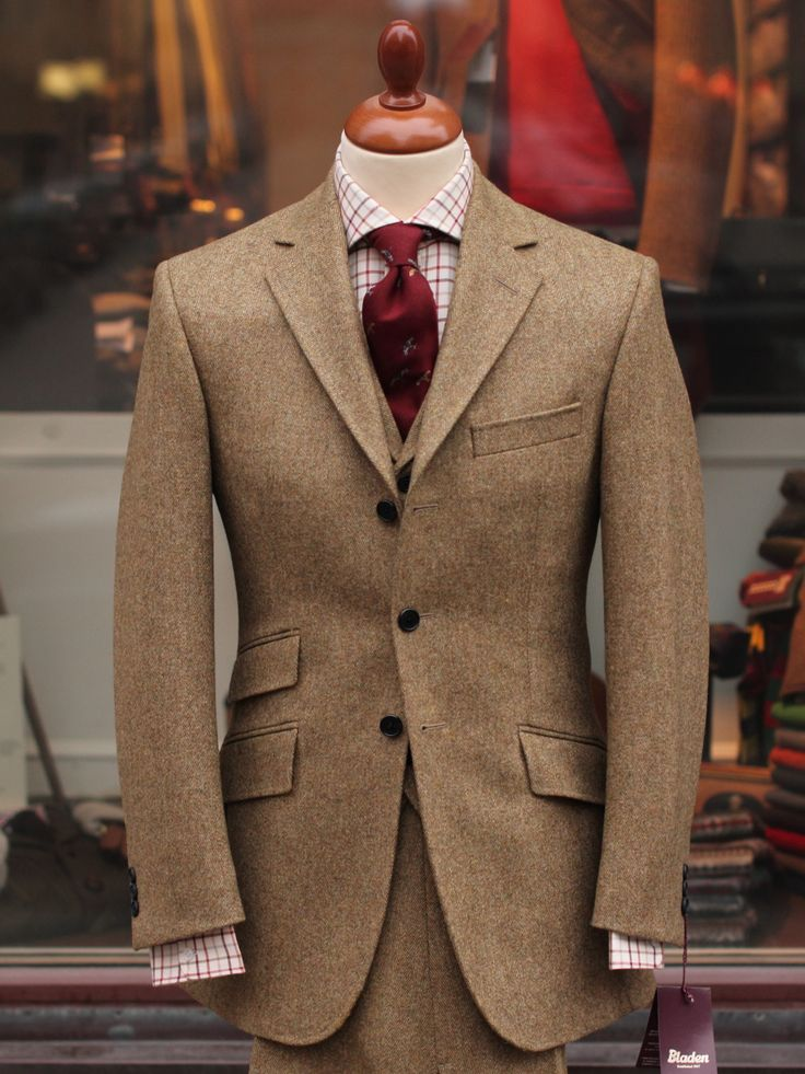 Brown Suit With Red Tie Suit La