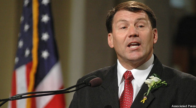 National and local conservative activists are up in arms because former South Dakota Gov. Mike Rounds (R), a leading contender in the state's open U.S. Senate race next year, declined to give total assurances that he won't raise taxes if he makes it to Capitol Hill. A story published Sunday in the Argus Leader of Sioux Falls, S.D. quoted…