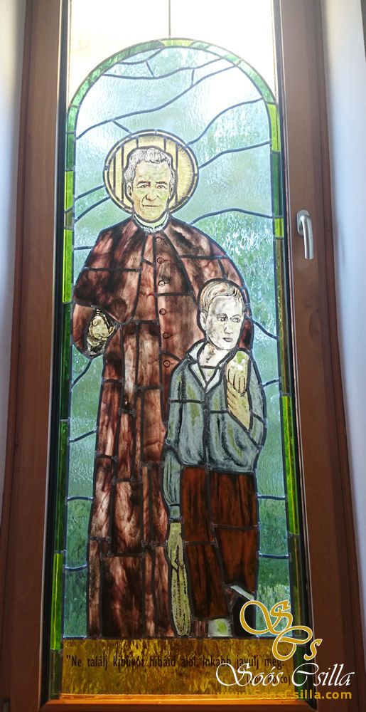 Výroba Vitráže Okna Kostola v Kazincbarcike  http://sk.sooscsilla.com/cirkevne-nabozenske-a-kostolne-sakralne-vitraze/ http://sk.sooscsilla.com/portfolio/vyroba-vitraze-okna-kostola-v-kazincbarcike/