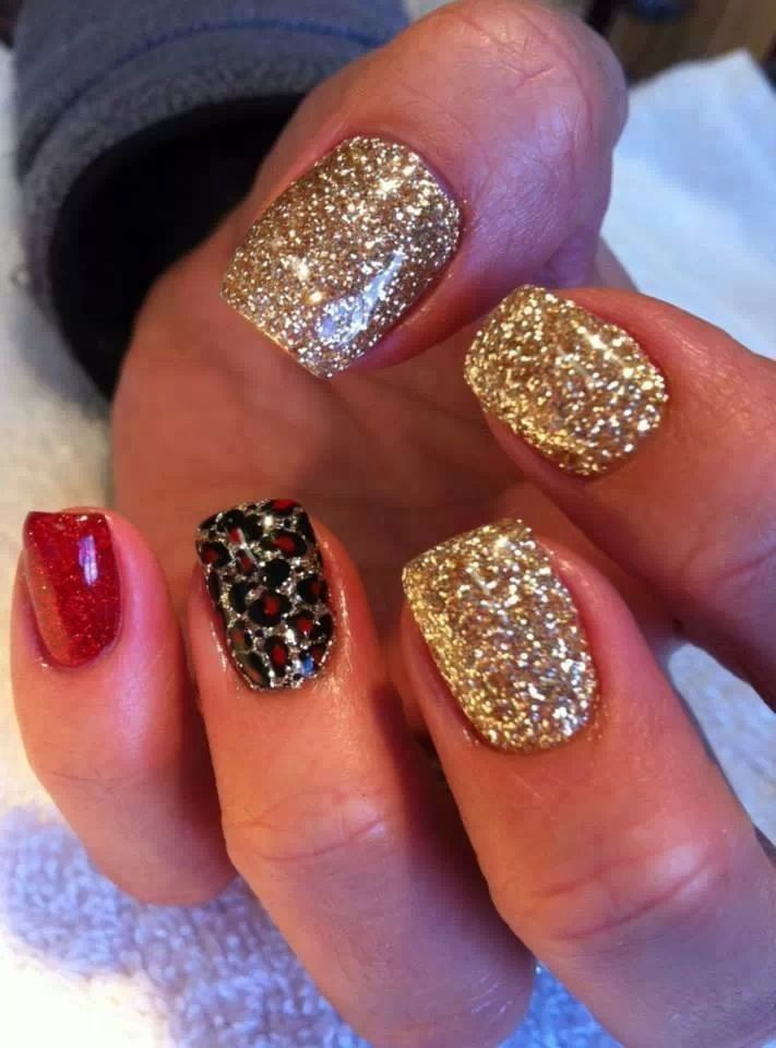Nail Gold Red Black Glitter