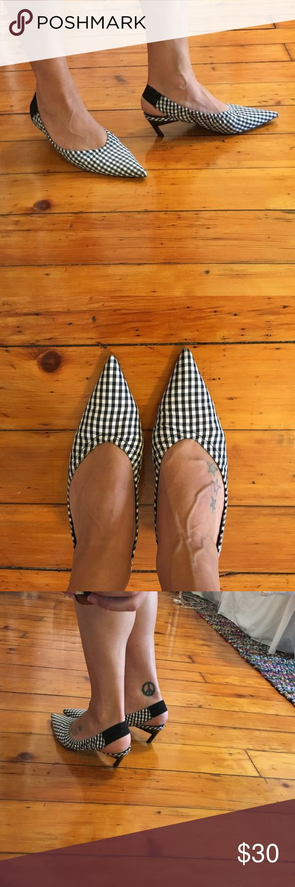 Zara's Most Popular shoe of this season! Worn twice. These gingham kitten heels shoes were sold out within seconds online! Elastic back strap with the slanted kitten heel look. They say size 40 on the shoe but I buy a size 9 which is a 40 on their site. Zara Shoes Heels
