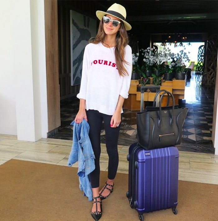 Cute+Airport+Outfit+Ideas+From+Real+Girls+via+@WhoWhatWear