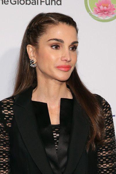 Queen Rania Photos - Fashion 4 Development's 5th Annual Official First Ladies Luncheon - Zimbio