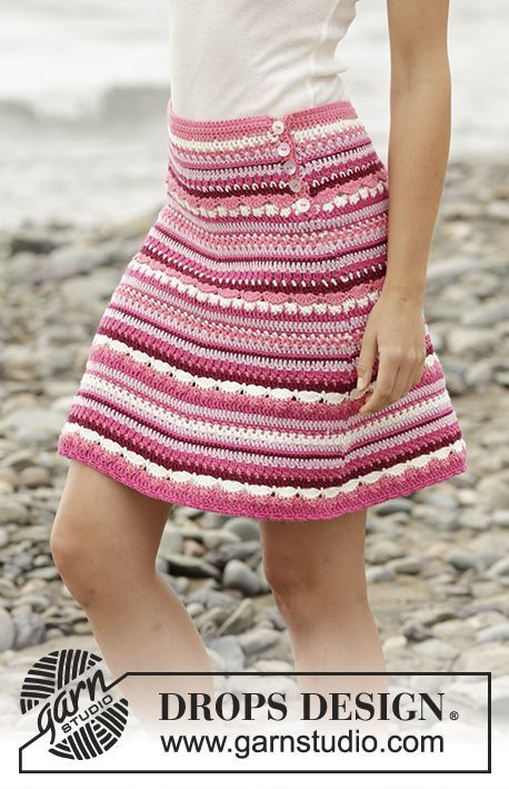 "@DROPSDesign skirt with fan pattern and stripes in ""Cotton Merino"". Free #crochet pattern"