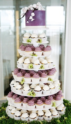 2 tier wedding cake with cupcakes 157 best images about cupcake tower on 10181
