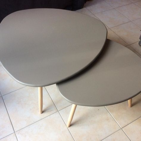 17 best ideas about table basse gigogne on pinterest for Table basse tripode scandinave