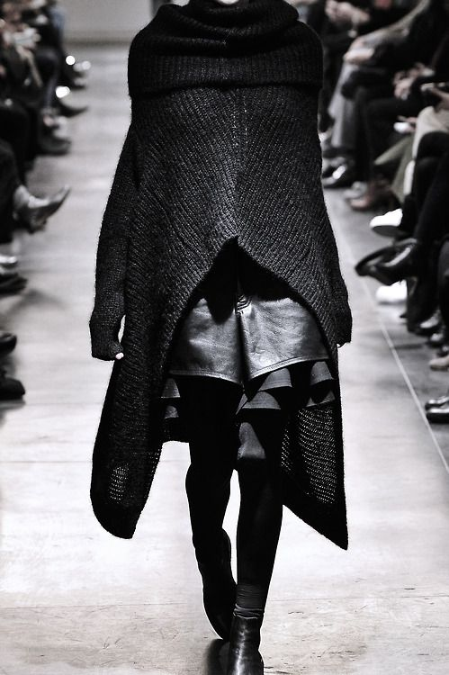 blackhallmanor:  Junya Watanabe Fall/Winter 2011