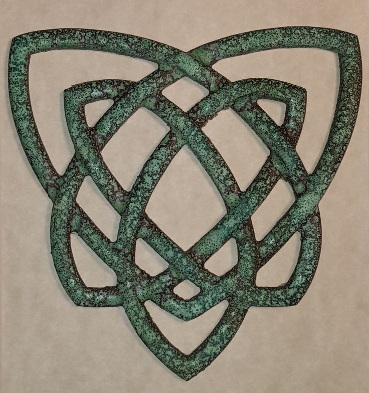 Healer's Knot in Bronze with Patina