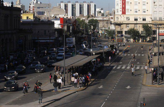Comenzó esta medianoche el paro de transporte en reclamo por Ganancias | #ParoDeTransporte, Transporte, Paro nacional
