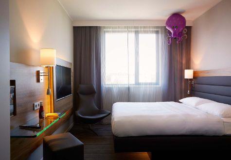 Munich Airport budget and lifestyle Hotel - Moxy Hotel Munich