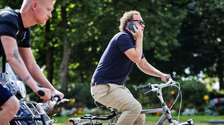 1V Jongerenpanel :: Jongeren willen etiquette voor telefoongebruik