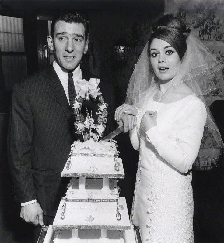 Reggie Kray and his beautiful bride Frances Shea on their wedding day, 20th April 1965. Frances was never cut out for the 'gangster wife' role and tried suicide on several occasions, eventually succeeding by taking an overdose of pills on 7th June 1967.