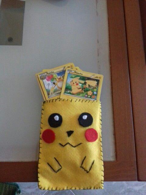 Porta carte pokemon 😆😆