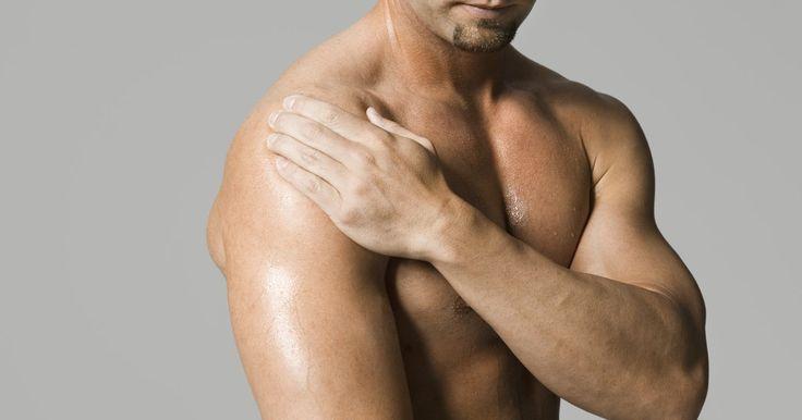 Soluções caseiras para o suor nas axilas. Hiperidrose é uma doença conhecida também como suor excessivo, que pode se manifestar em diferentes partes do corpo. Pessoas com esta doença secretam mais suor do que é necessário para resfriar o corpo. A hiperidrose focada resulta em suor frequente, excessivo e perceptível, que geralmente molha a roupa em pontos específicos, como por exemplo nas ...