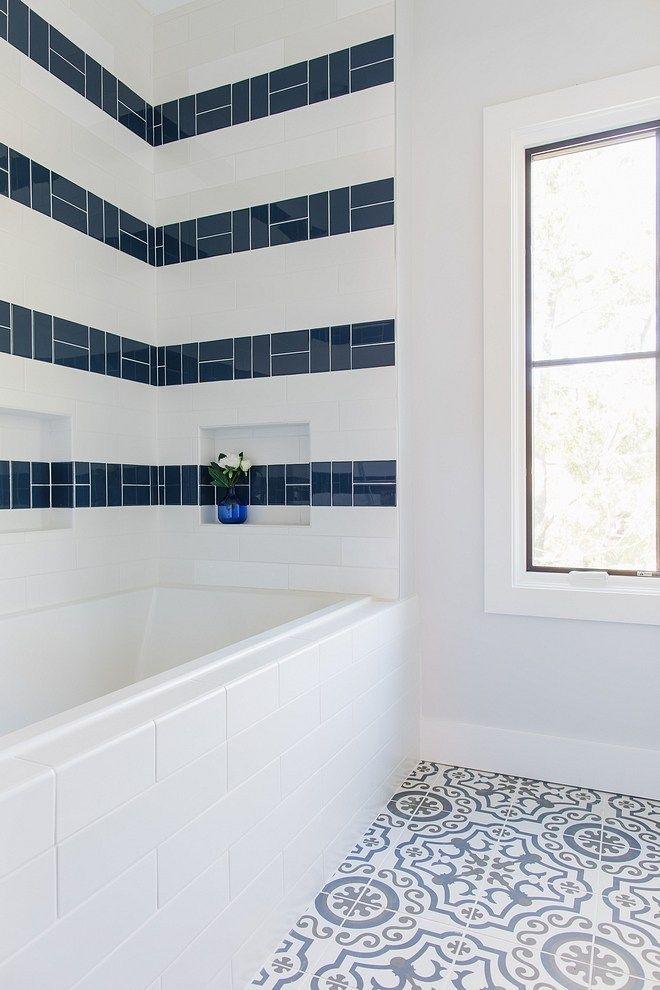 Corner Lot Modern Farmhouse Shower Accent Tile Trendy Bathroom Small Bathroom