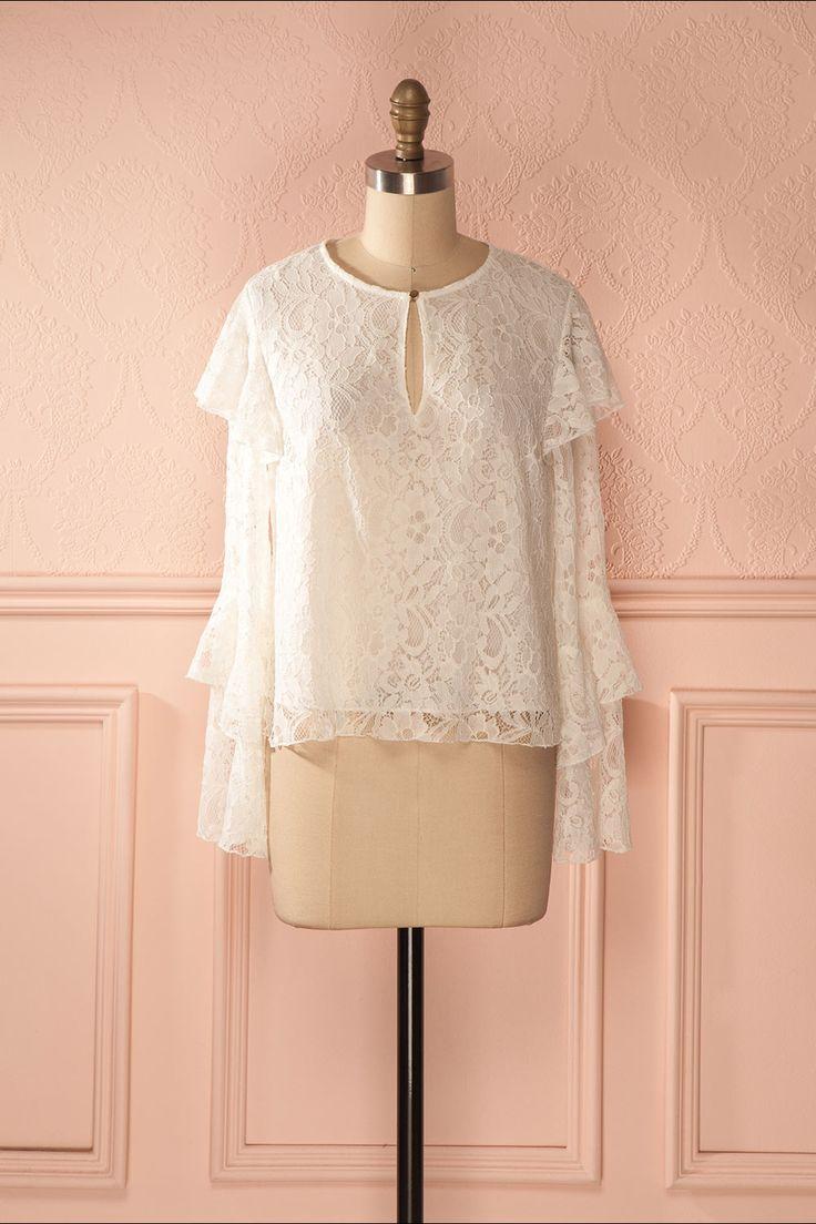 25 best ideas about chemisiers de dentelle sur pinterest blouse col haut blouses pour femmes. Black Bedroom Furniture Sets. Home Design Ideas