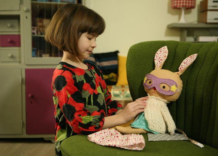 If you ever need to talk I'm all ears!  superbunny dolls are available in my etsyshop click link in profile #lalobastudio #etsykids #easterbunny #easter #superhero #bunnygram # #bunnies #bunnylove #superhero #cute #kawaii #usagi #dollsanddaydreams #kids #iwantspring #love #rabbit #bunny #可愛い #スーパーヒーロー #ウサギ #handmadedolls #coolmom #coolkids #toddlersmom #toddler #letthemplay #imaginaryplay #plush pattern: @dollsanddaydreams
