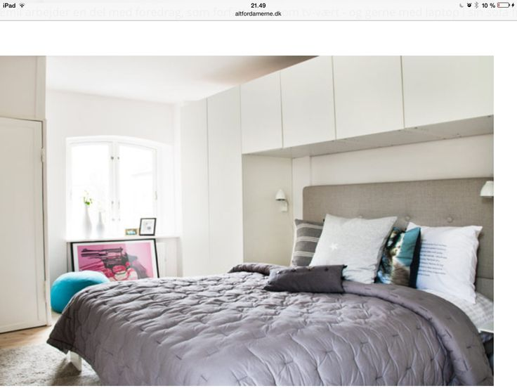 Skabe over seng i soveværelse  Soveværelse  Pinterest