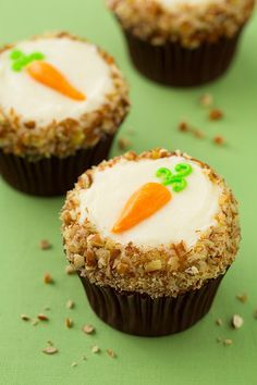 Carrot Cake Cupcakes with Cream Cheese Frosting - these are one of my all time favorite cupcakes! They're amazing to say the least!