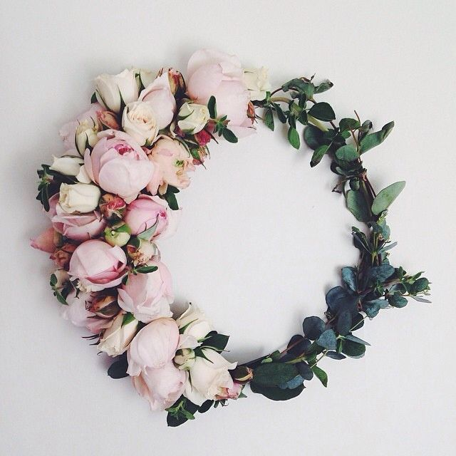 This would be an amazing floral crown! PRETTY IN PINK | TheyAllHateUs