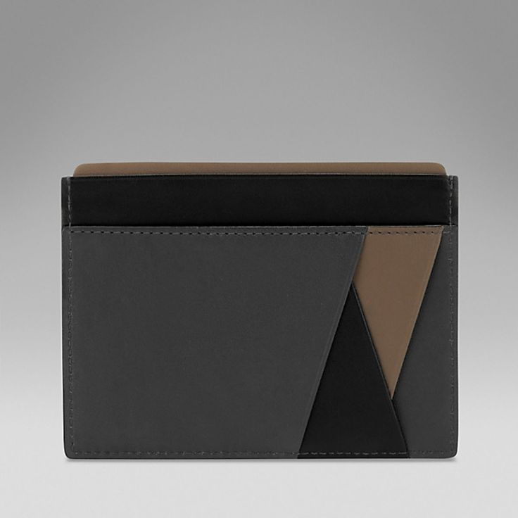 Smythson's got a new wallet line called the Maddox Collection which features nappa leather done up with contrasting panels that come together or a bold yet minimal design that's perfectly and impeccably constructed with that precise eye for detail that Smythson is known for.