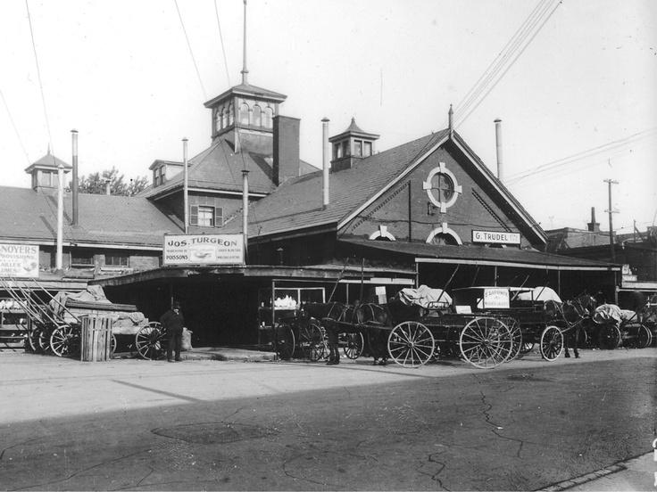 Ontario et Amherst: l'ancien Marché St-Jacques avant sa reconstruction dans les années 1930 [192-]
