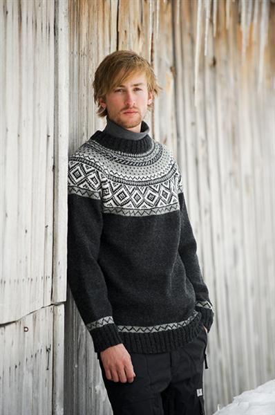 1111: Modell 5 Herregenser #strikk #fjells