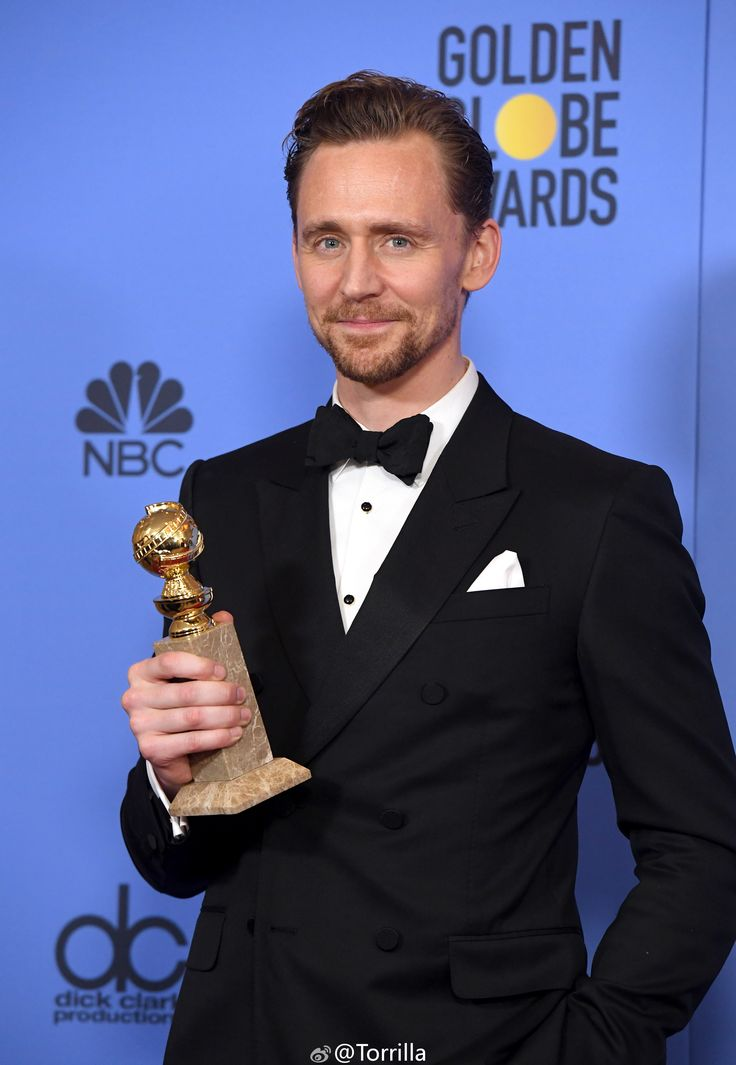 """Tom Hiddleston in the press room after winning the Best Performance by an Actor in a Limited Series or a Motion Picture made for Television (Jonathan Pine in """"The Night Manager"""" (2016)) at the 74th Annual Golden Globe Awards 8.1.2017 From http://tw.weibo.com/torilla/4061970719902313"""