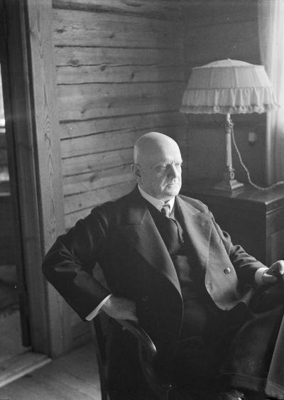 Jean Sibelius Ainolassa   Pietinen
