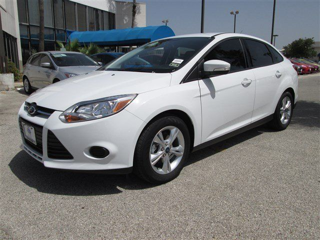 2014 ford focus oxford white for sale in san antonio tx vin 1fadp3f20el109402 - Ford Focus 2014 Hatchback White
