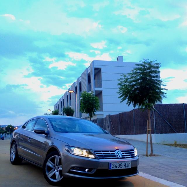 Un coupé y una berlina de 4 plazas en un mismo coche. Volkswagen (Passat) CC