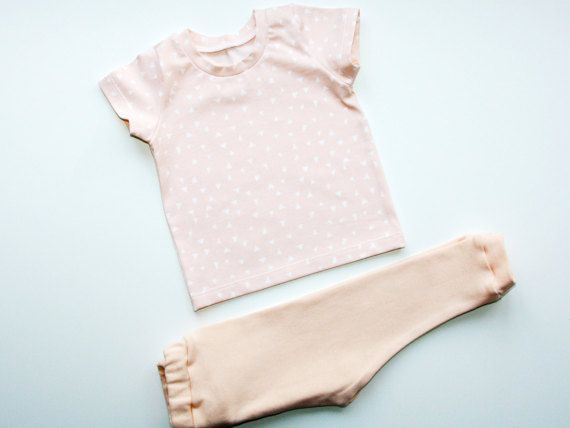 Baby girl leggings and  t-shirt, baby leggings, baby girl tshirt, stylish baby clothes, baby gift, hipster baby clothes, baby girl pants.