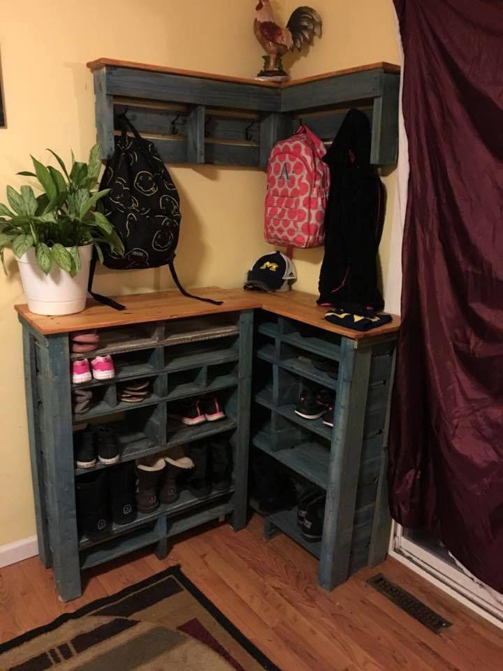 Pallet Corner Hooks + #Shelf + Shoe Rack - 150+ Wonderful Pallet Furniture Ideas | 101 Pallet Ideas - Part 11