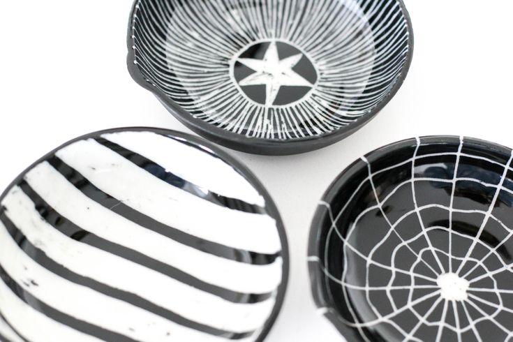 Porcelain Condiment Serving Set - Flat