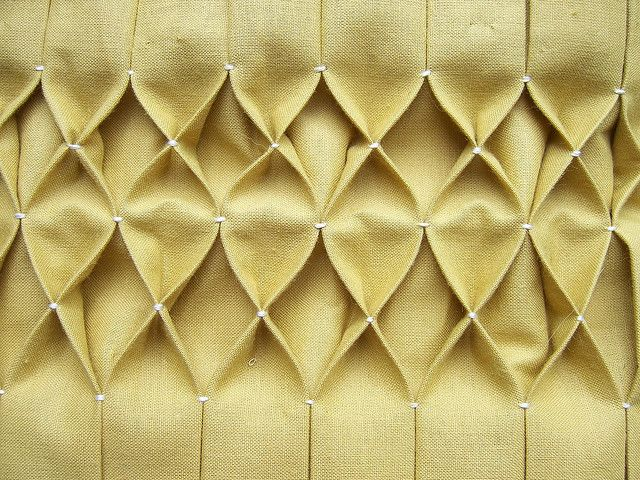 Easiest honeycomb smocking/pleating tutorial i've seen.  DEFINITELY giving this a whirl to upgrade some plain ole dropcloth panels (since I can't afford the smocked sheer voile ones I really want from pottery barn!)  Thank you, Tumbling Blocks for the thorough and easy to follow tutorial!  honeycomb smocking for tutorial by dorathy, via Flickr
