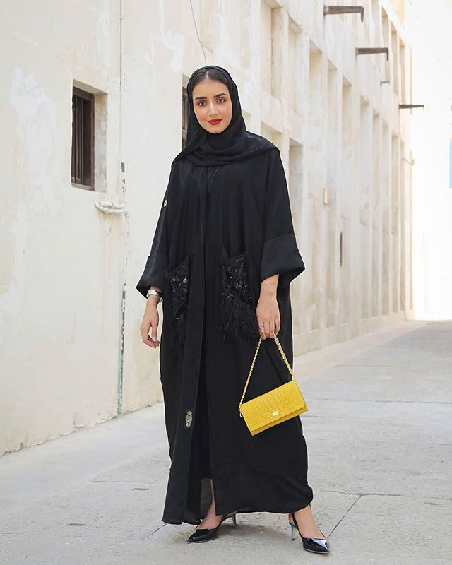 Repost Kam 227 With Instatoolsapp بالنسبة لذوقكم أي عباية عجبتكم أكثر Subhanabayas Fashion Modest Fashion Hijab Abayas Fashion Hijab Fashion Inspiration