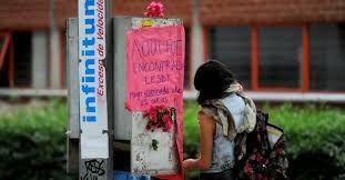 Abogados Asociados Bujanda: Dos crímenes, dos teléfonos publicos