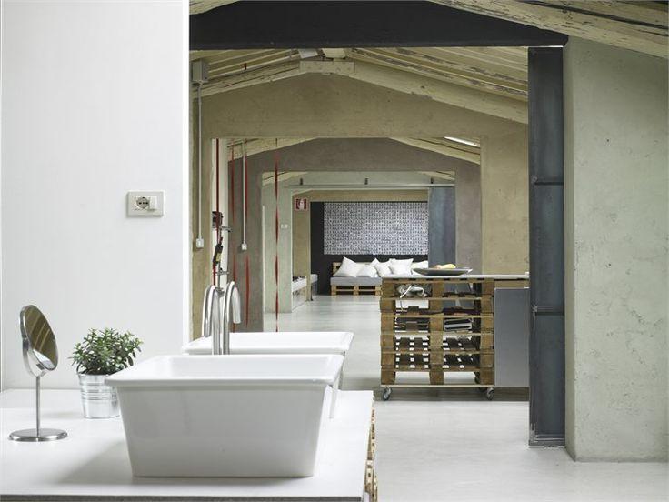 pallets loft - Firenze, Италия - 2012 - studio q-bic