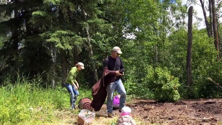 Here's a video of my family's tree planting extravaganza, made all the more entertaining by my adorable children. (As if watching people plant trees isn't entertaining enough on it's own!) For more on architecture, interior design and sustainability visit http://ofhousesandtrees.com.