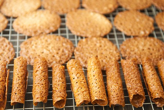 almond lace cookies recipe | use real butter