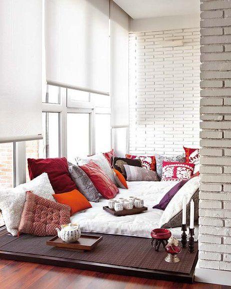 Transforma tu terraza, patio o porche con un sistema que permita disfrutar del espacio, tanto en verano como en invierno, con solo plegar o correr unos paneles. Será un marco de lujo para el paisaje.