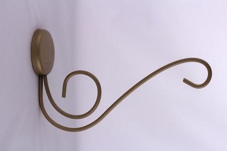 Кронштейн металлический (Яс) в ассортименте, с шурупами, в упаковке.(в уп.- 5 шт. одного цвета)