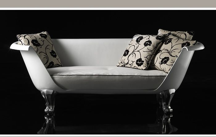 remember the clawfoot bathtub sofa from breakfast at tiffany s the one in which audrey. Black Bedroom Furniture Sets. Home Design Ideas